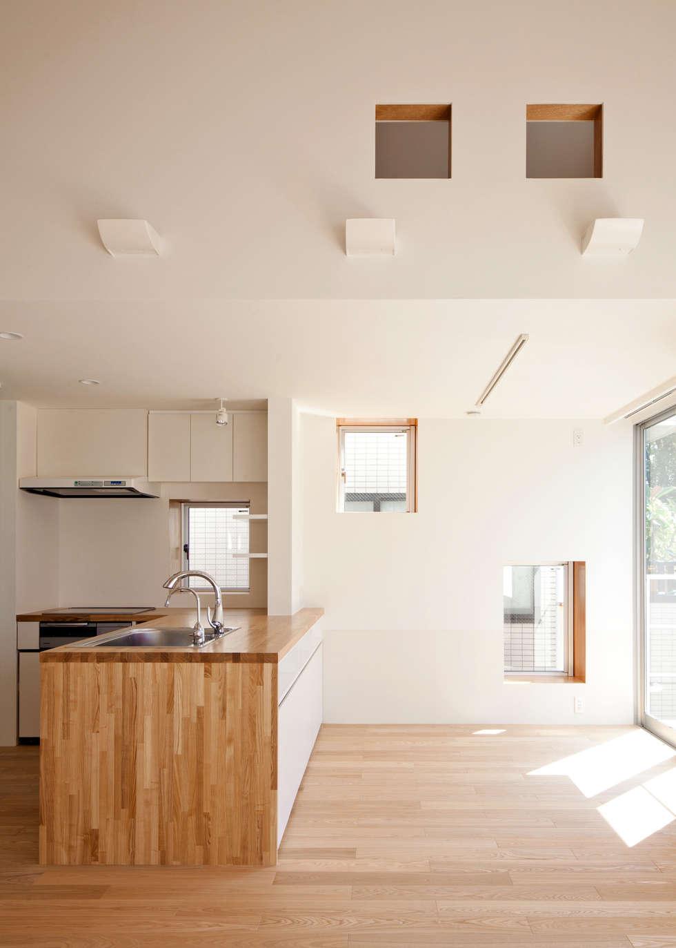 キッチン: Unico design一級建築士事務所が手掛けたキッチンです。