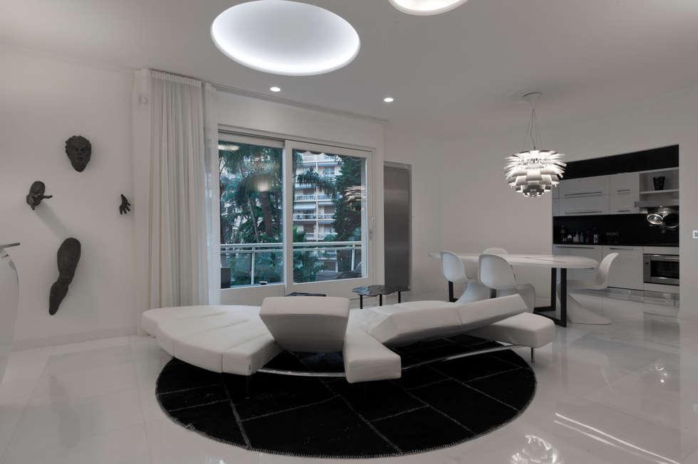 Casa Joe - sala da pranzo: Soggiorno in stile in stile Moderno di studiodonizelli