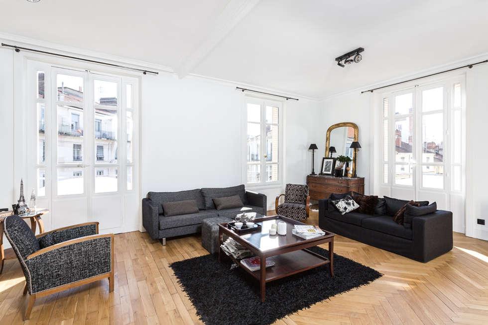 Rénovation d'un appartement à Lyon 6e: Salon de style de style Classique par Stellati Rénovation