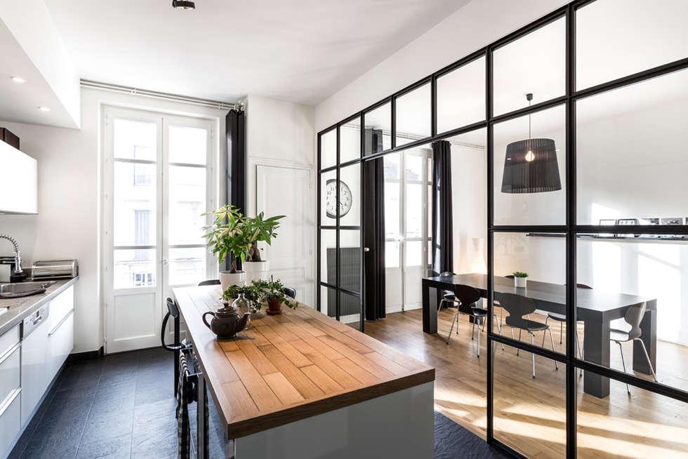Rénovation d'un appartement à Lyon 6e: Cuisine de style de style Moderne par Stellati Rénovation