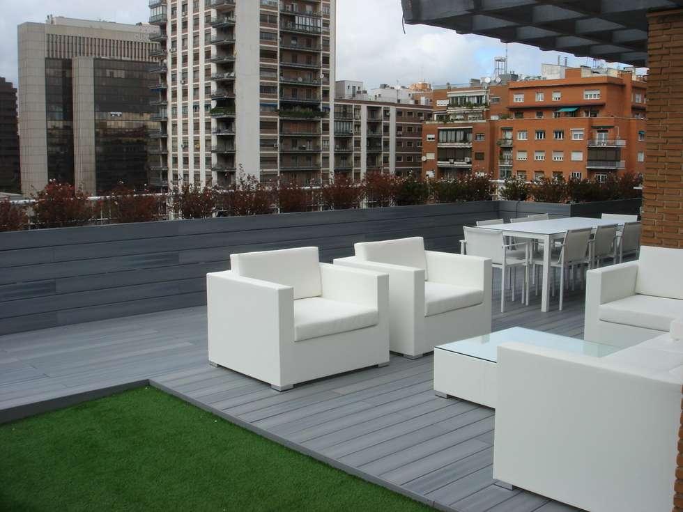 Detalle mobilitario exterior: Terrazas de estilo  de Palos en Danza
