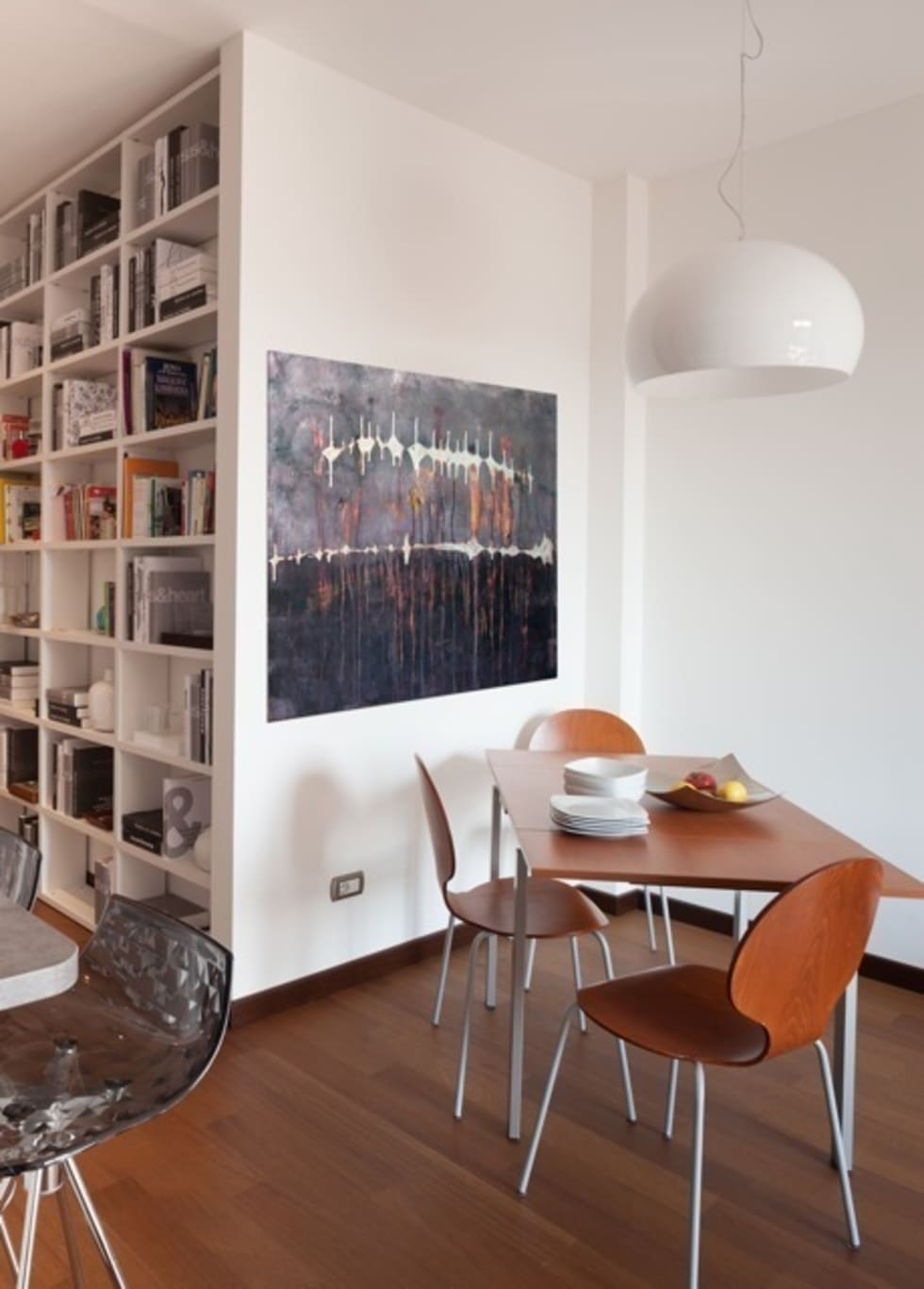 Pranzo: Sala da pranzo in stile in stile Moderno di gk architetti  (Carlo Andrea Gorelli+Keiko Kondo)