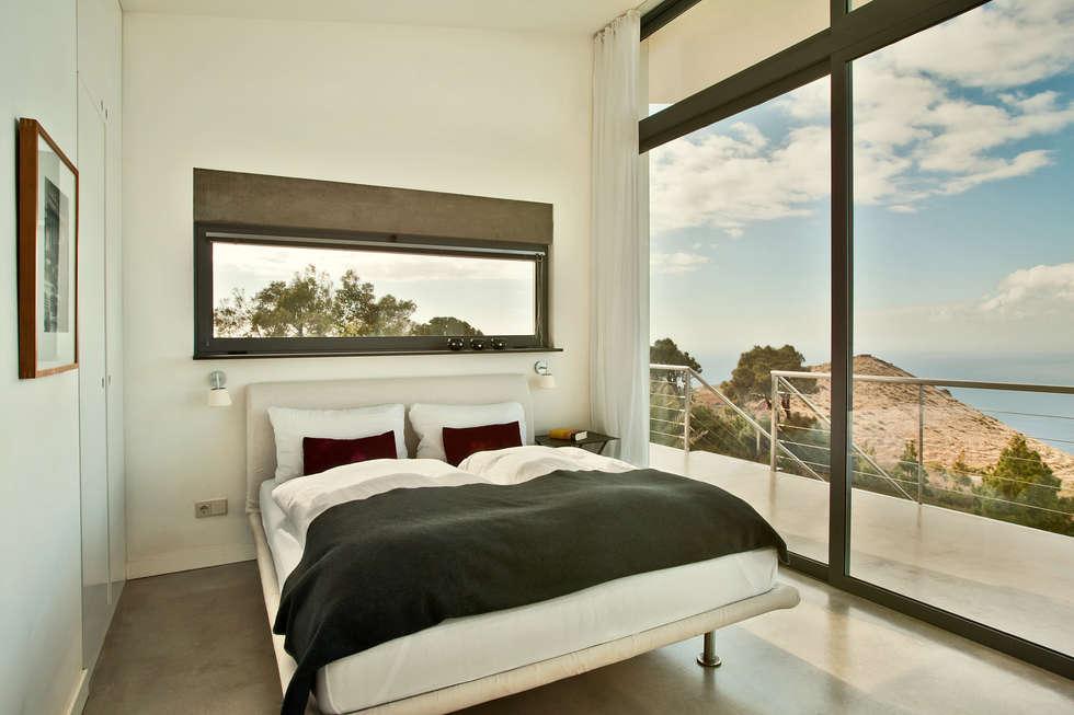 Villa gran atlantico minimalistische schlafzimmer von lukas palik