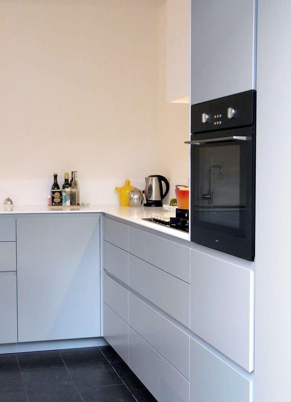 Kitchen Oosterpark, Amsterdam: moderne Keuken door Hamers Meubel & Interieur