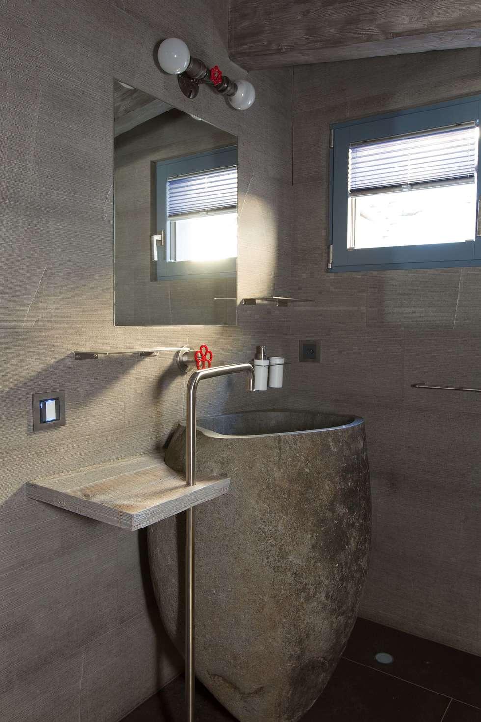 Bagno padronale: Bagno in stile in stile Moderno di DF Design