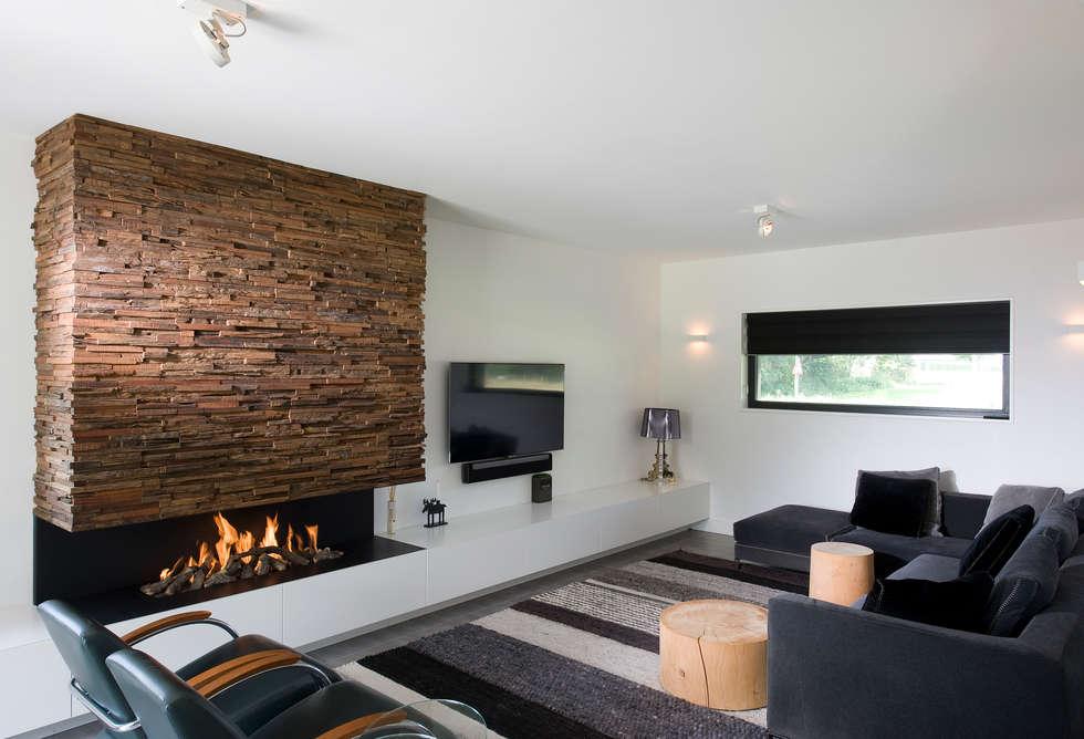 'Jagger' • Residential • Netherlands: moderne Woonkamer door Wonderwall Studios