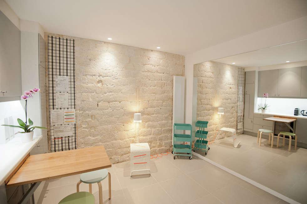 Salle 3: Locaux commerciaux & Magasins de style  par MELANIE LALLEMAND ARCHITECTURES