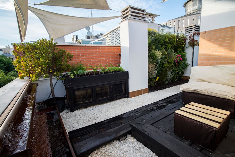 Jardín Mediterráneo: Terrazas de estilo  de thesustainableproject