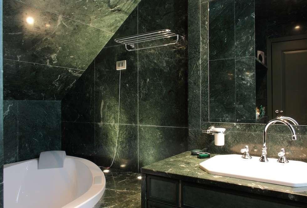 Idee arredamento casa interior design homify - Bagno sottoscala ...