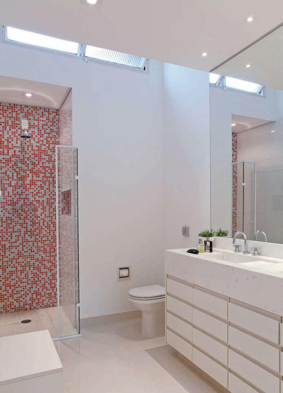 Banheiro master: Banheiros ecléticos por ArkDek