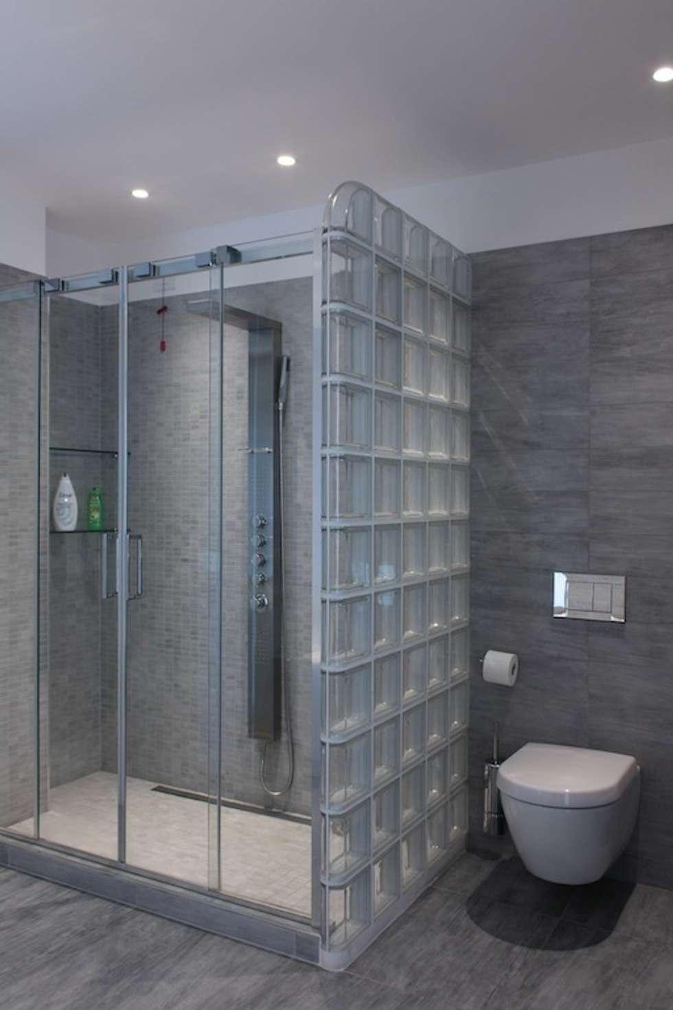 Idee arredamento casa interior design homify - Vetrocemento bagno ...