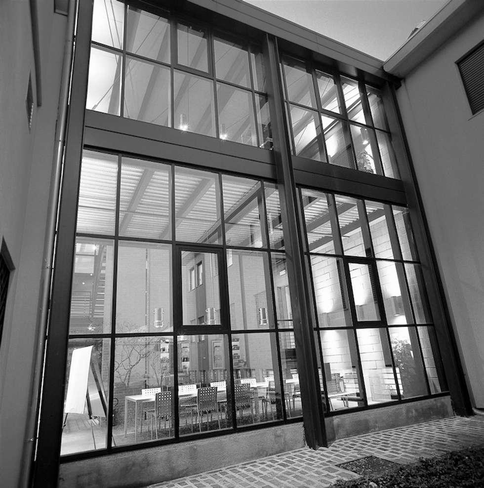 Idee arredamento casa interior design homify - Struttura in ferro per casa ...