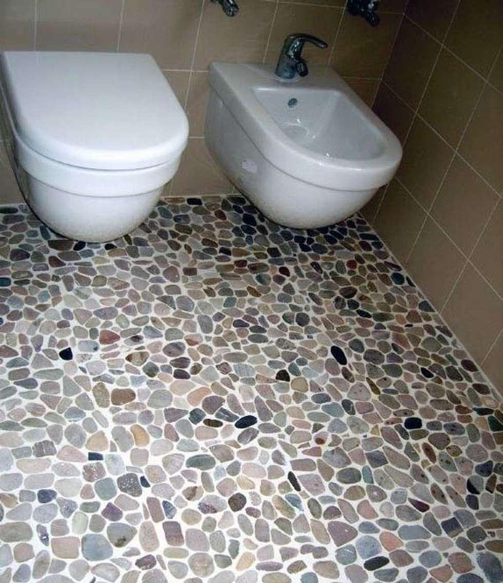 bagno 1: Bagno in stile in stile Moderno di Cristina Molteni