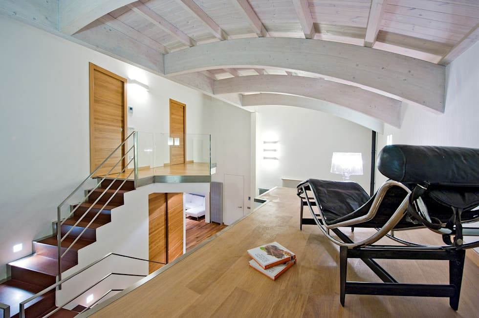 INO PIAZZA studio의  주택