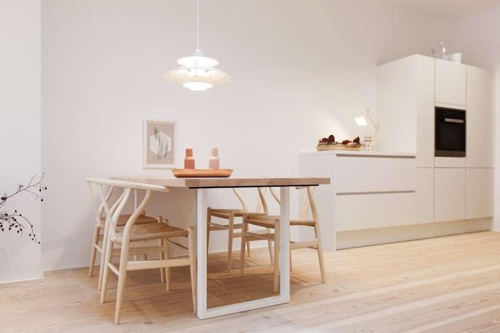 Möbel, Boden und Beleuchtung bilden eine perfekte Symbiose: skandinavische Esszimmer von pur natur