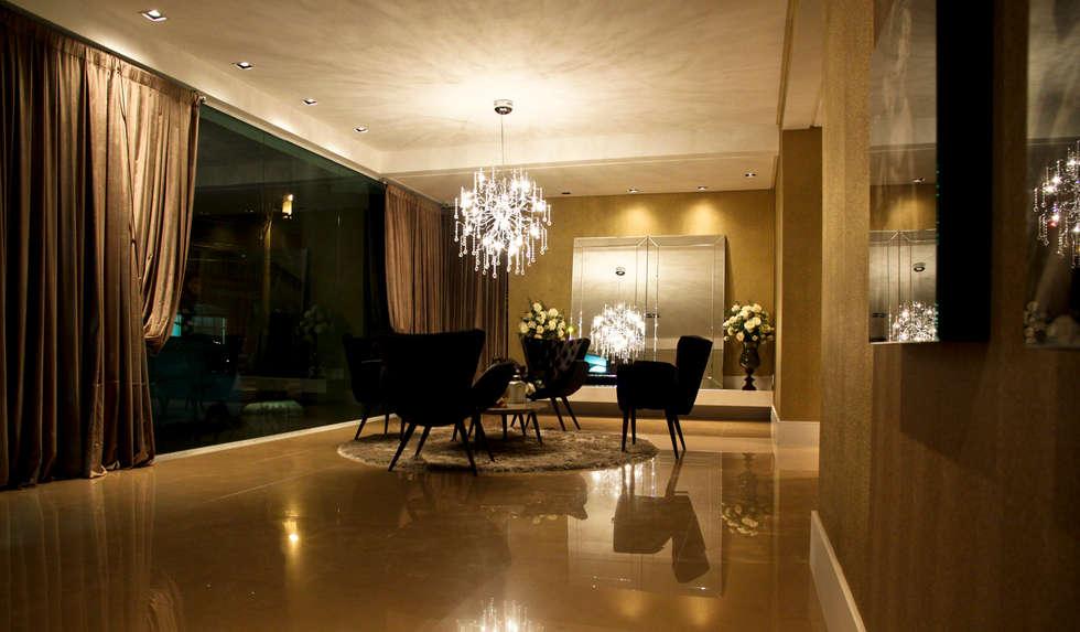 Hall: Corredores e halls de entrada  por Daniela Vieira Arquitetura