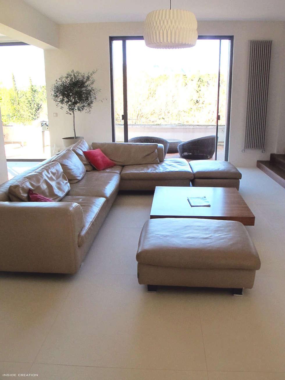 Extension villa: Salon de style de style Moderne par INSIDE Création