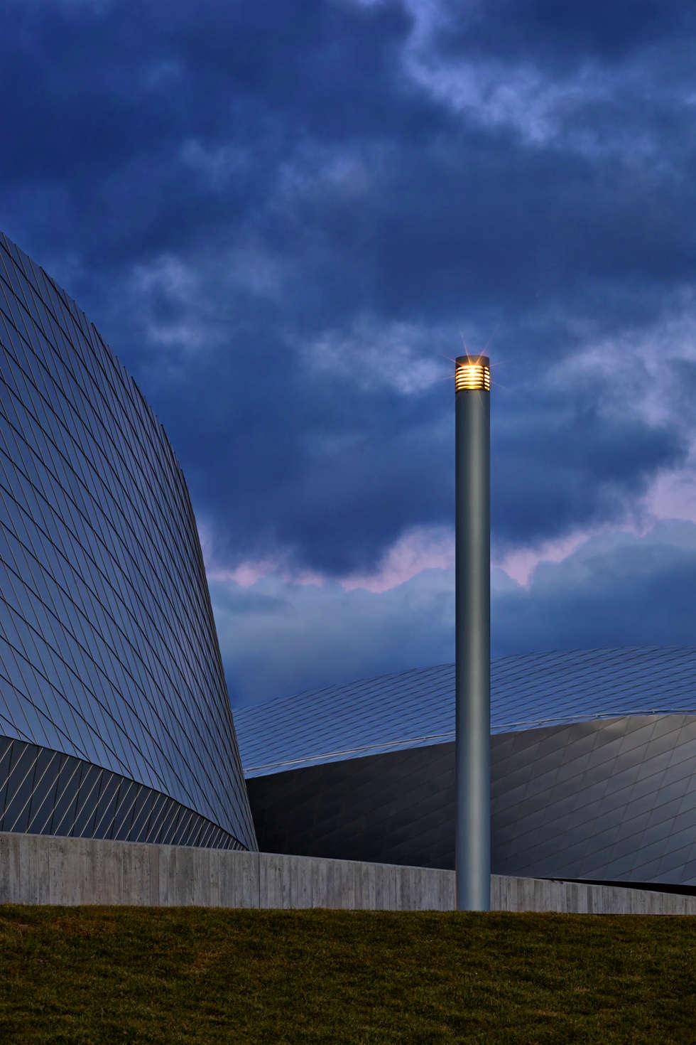 The Blue Planet - SIMES COLUMN- 3XN Architects: Centri congressi in stile  di Simes Spa