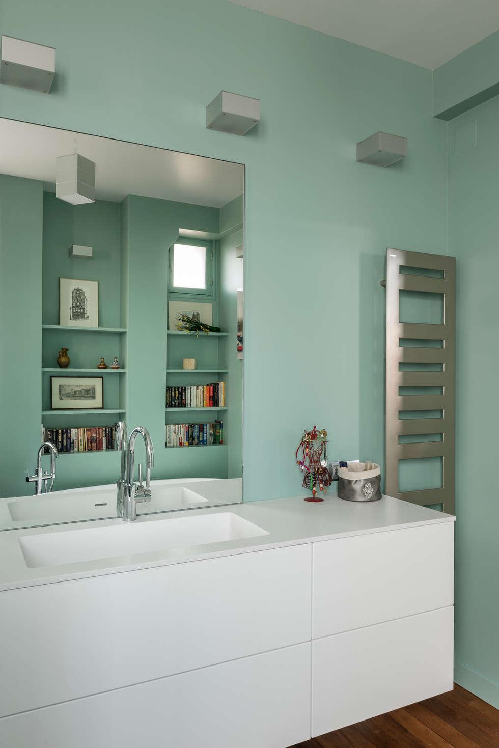 Salle de bain: Salle de bains de style  par Decorexpat