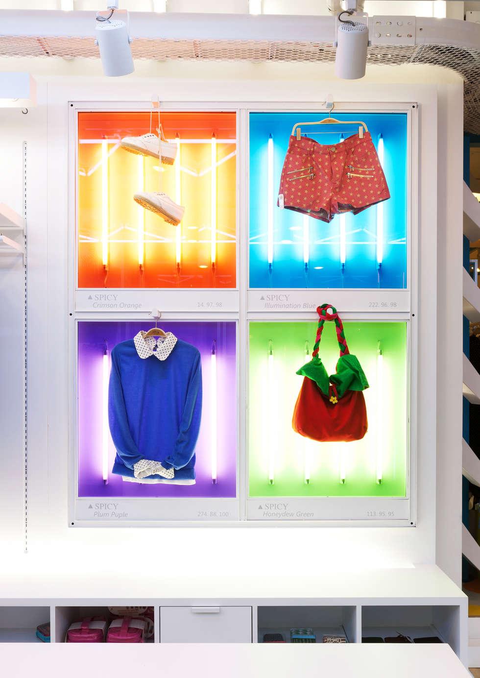 다양한 컬러로 브랜드의 아이덴티티를 나타내다.: Design m4의  가게