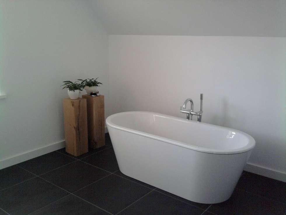 badkamer: moderne Badkamer door halma-architecten