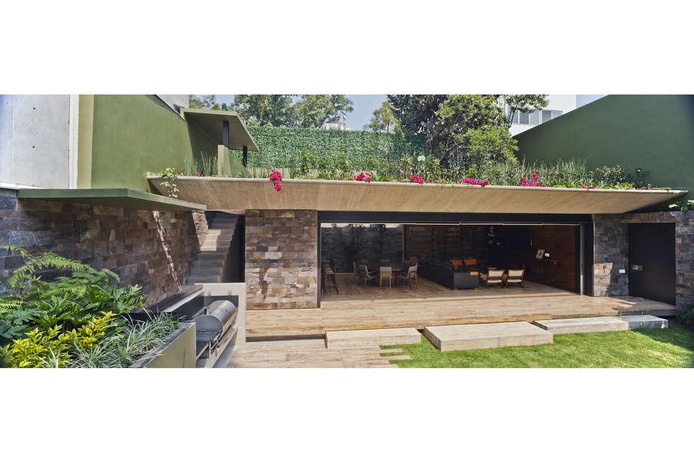 Jardín ES: Jardines de estilo moderno por Cm2 Management