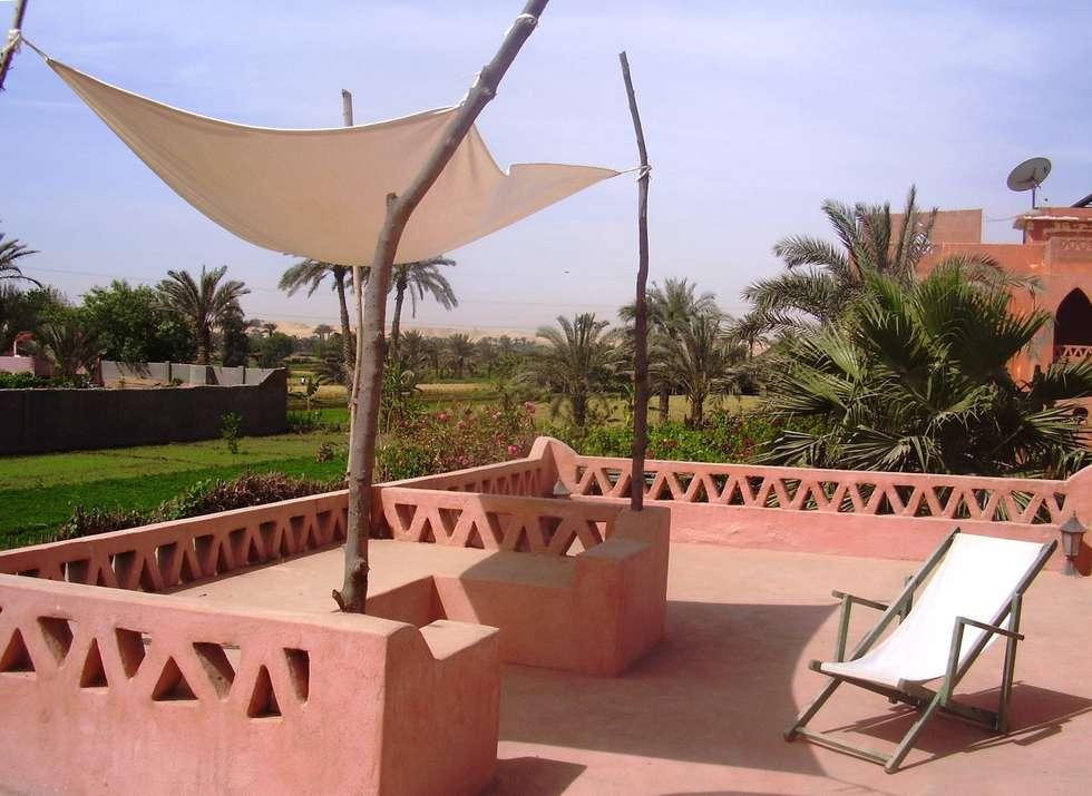 terrazzo: Giardino in stile in stile Mediterraneo di Il mosaico sas & co di salem mohsen
