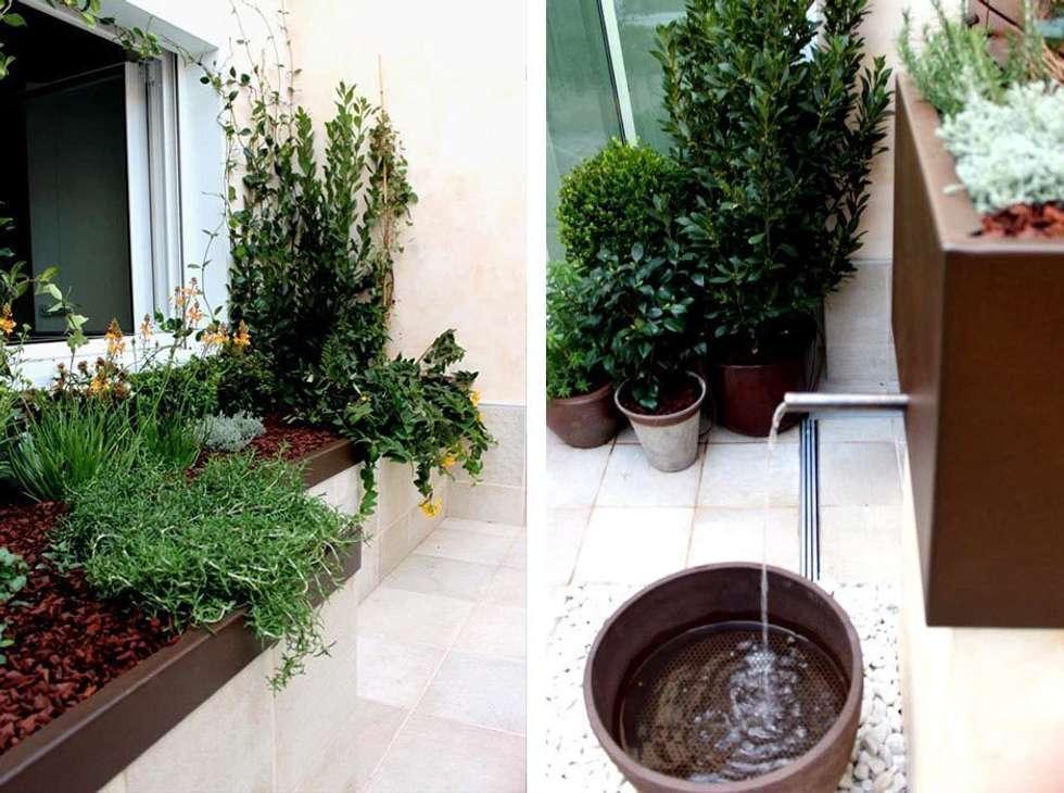 Jardín en Patio con Fuente: Jardín de estilo  de La Habitación Verde