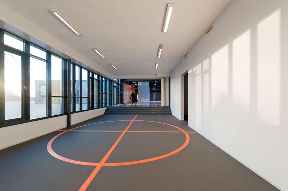 Speellokaal:  Scholen door Peter van Aarsen Architect