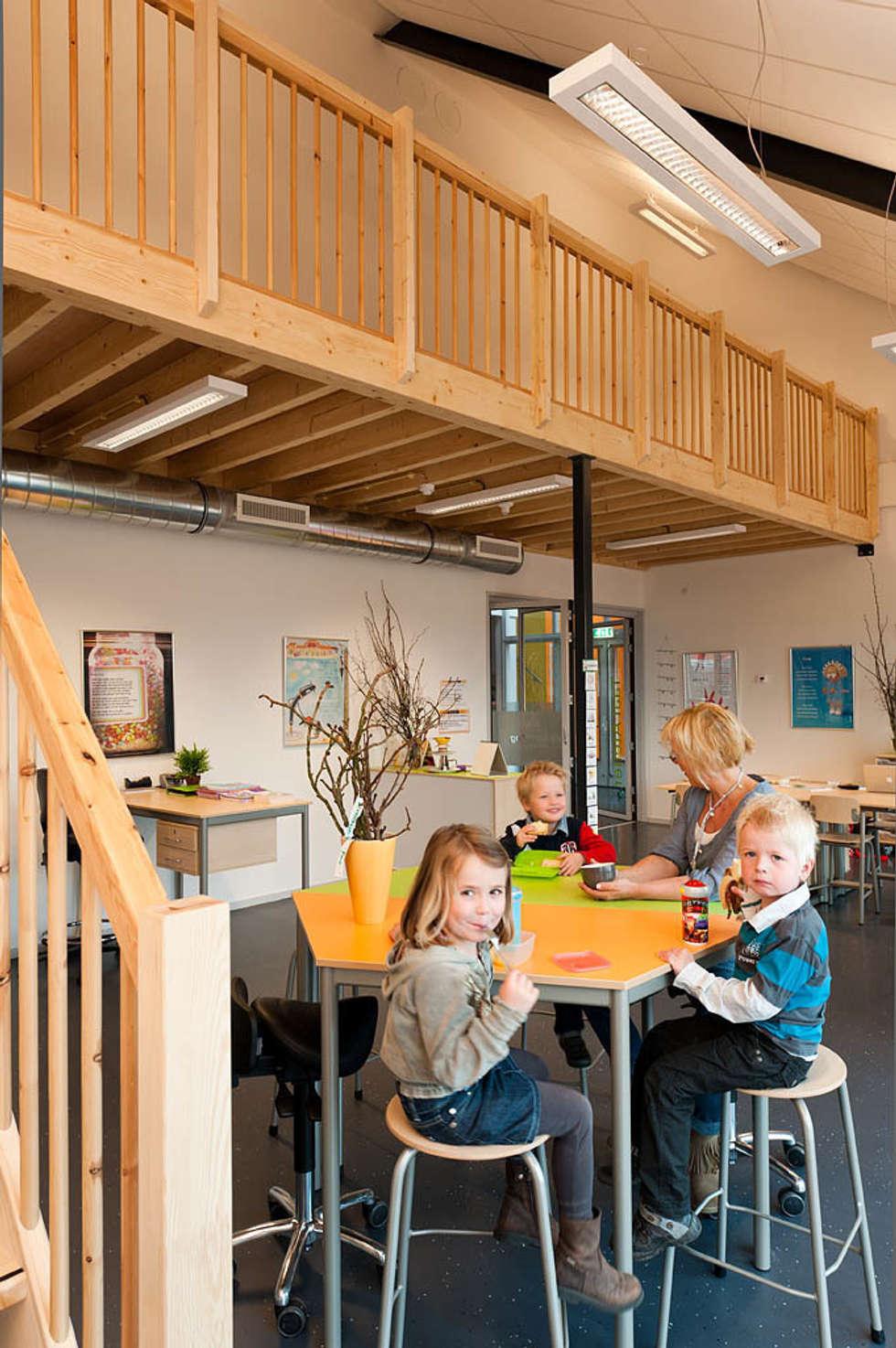 Entresols:  Scholen door Peter van Aarsen Architect