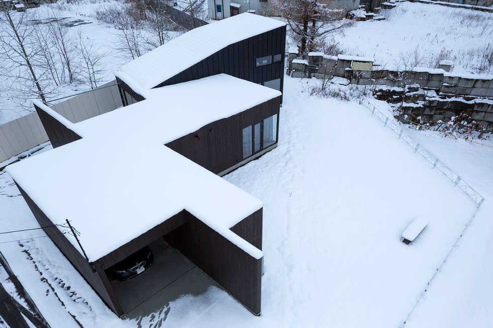 YMT residence 01: 浅香建築設計事務所 asaka architectural designが手掛けた家です。