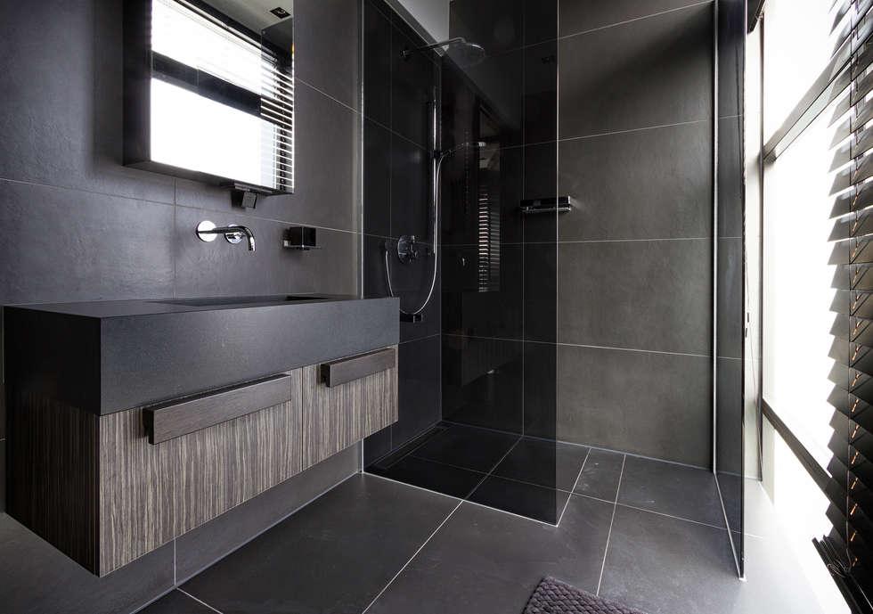 Bathroom: moderne Badkamer door BB Interior