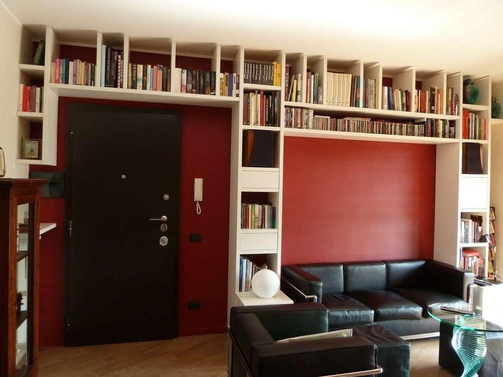 LIVING: Soggiorno in stile in stile Moderno di studio di architettura Giorgio Rossetti