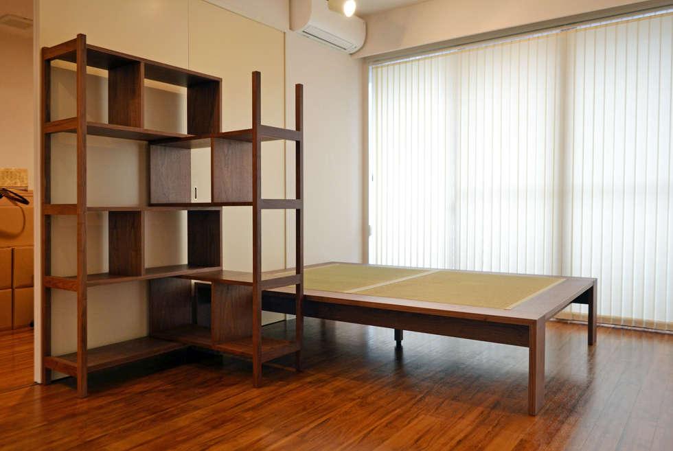 OPEN SHELF -SA002-: 株式会社 3rdが手掛けた寝室です。