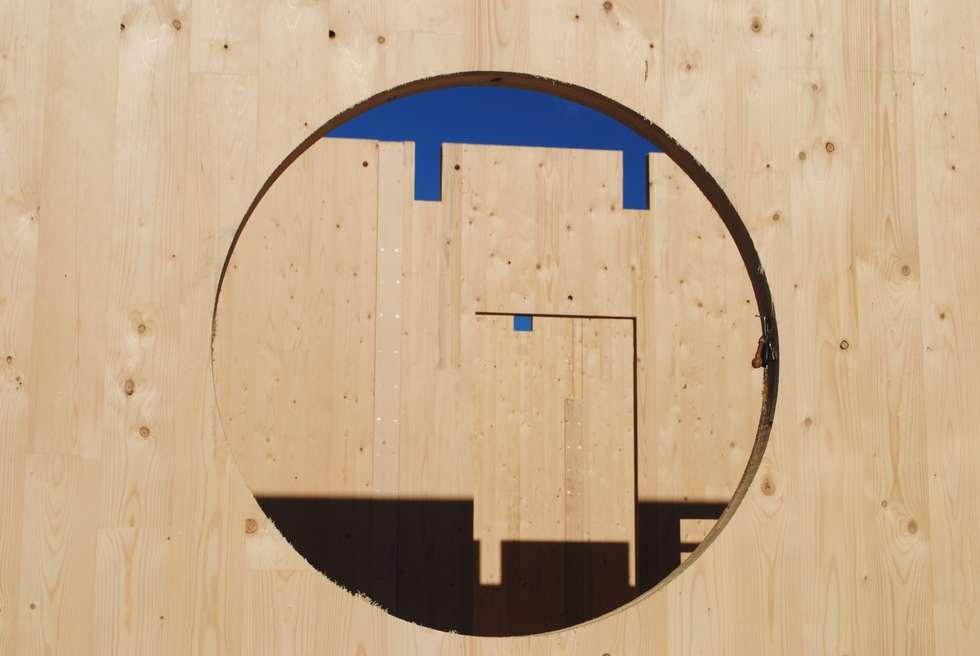 Struttura prefabbricata in Xlam: Scuole in stile  di ARCHILOCO studio associato