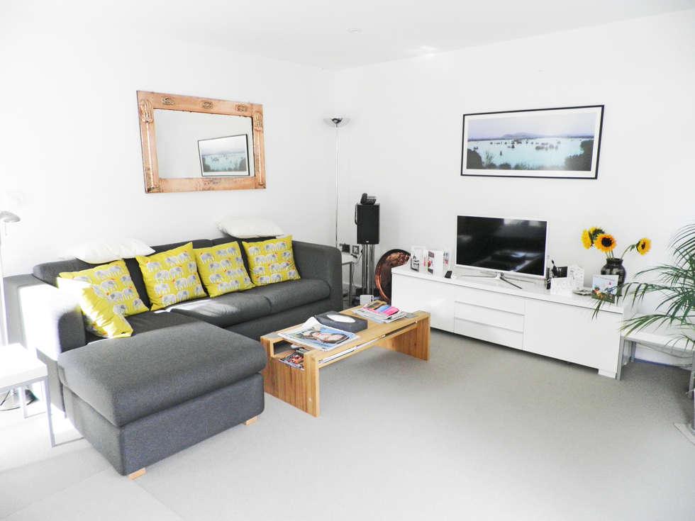 Salas de estar modernas por Hinton Cook Architects