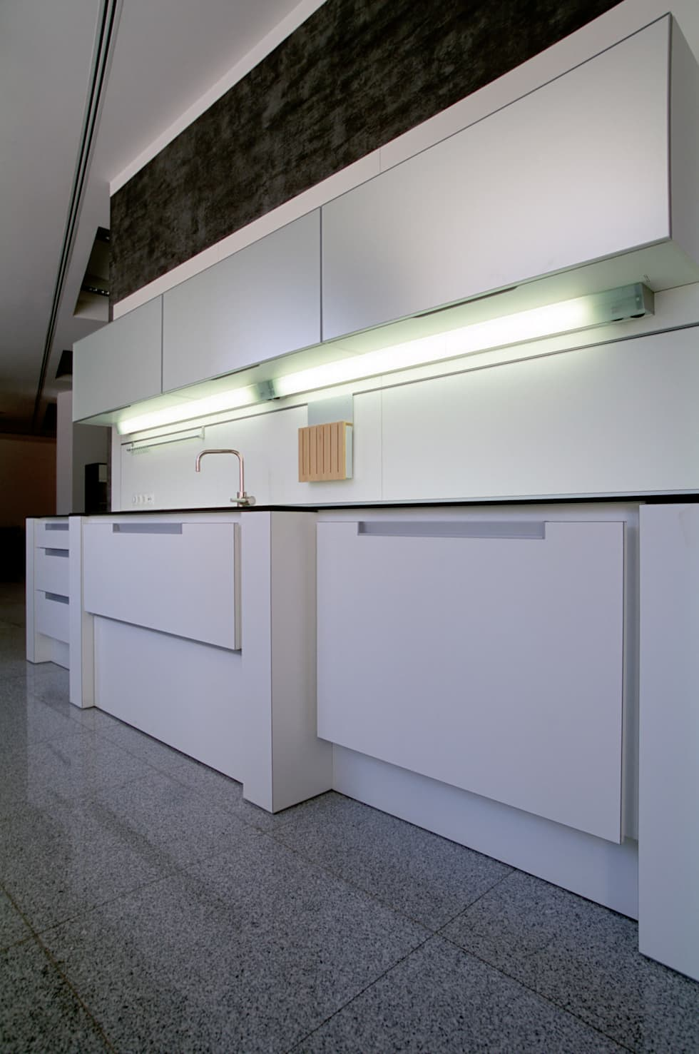 Кухня Pogehn Pohl: Офисы и магазины в . Автор – Архитектурное бюро Лены Гординой