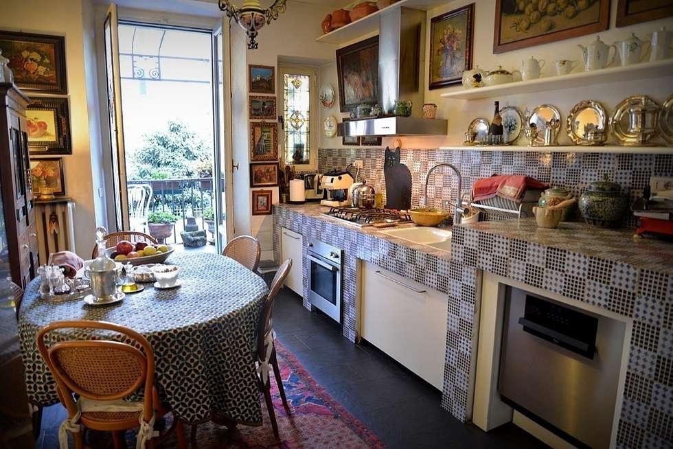 Cucina: Cucina in stile in stile Eclettico di Studio Fori