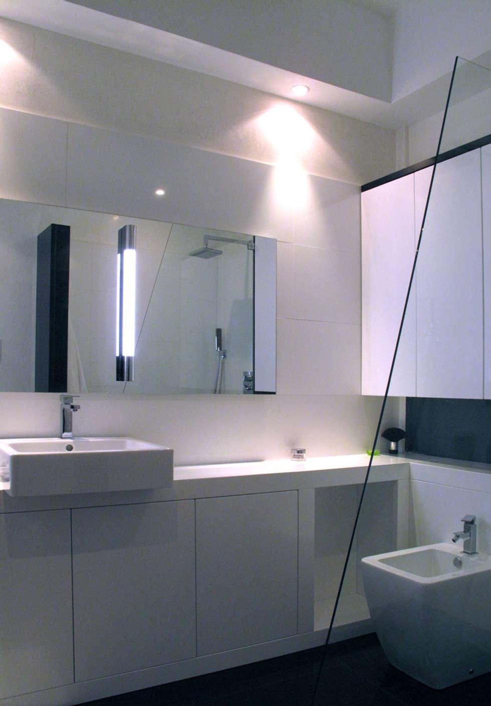 salle de bain R: Salle de bains de style  par Atelier S