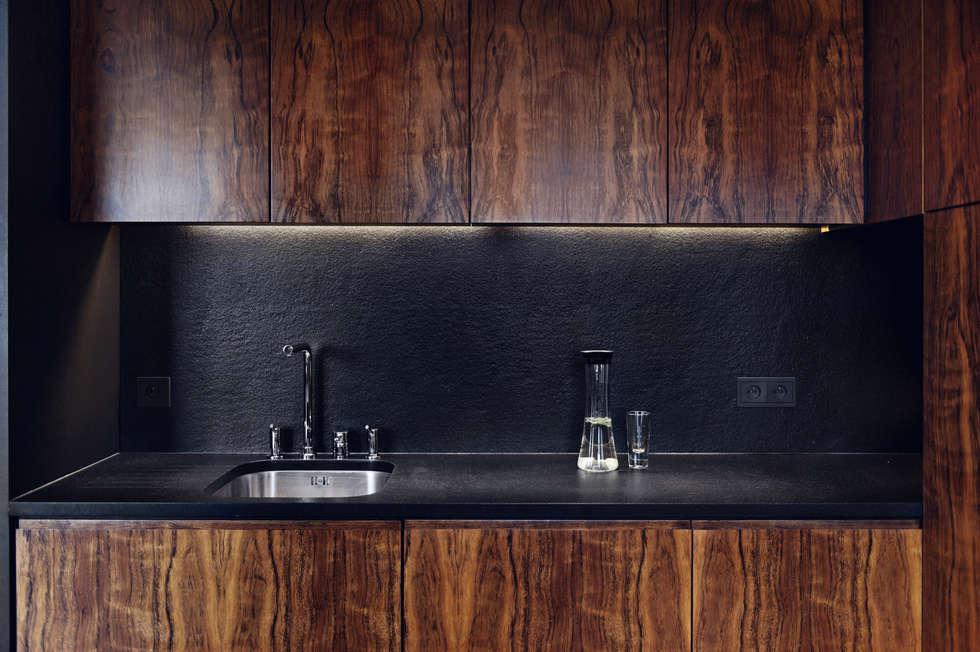 Apartament w Gdyni 2012: styl , w kategorii Kuchnia zaprojektowany przez formativ. indywidualne projekty wnętrz