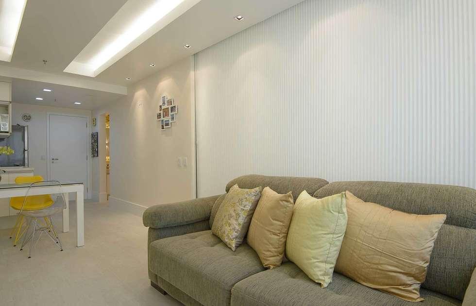 Sala de Estar: Salas de estar modernas por fpr Studio