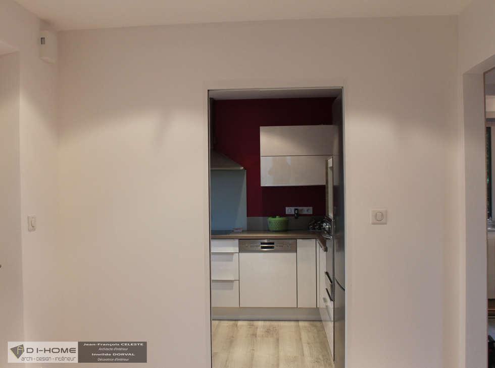 vue accès cuisine: Couloir et hall d'entrée de style  par Agence ADI-HOME