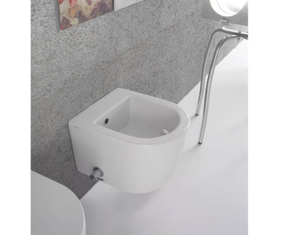 Bidet sospeso Ridotto con Miscelatore Laterale : Bagno in stile in stile Moderno di bagno chic