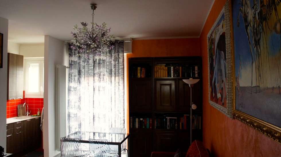 soggiorno: Soggiorno in stile in stile Eclettico di Marzia Bettoli  Interior Designer