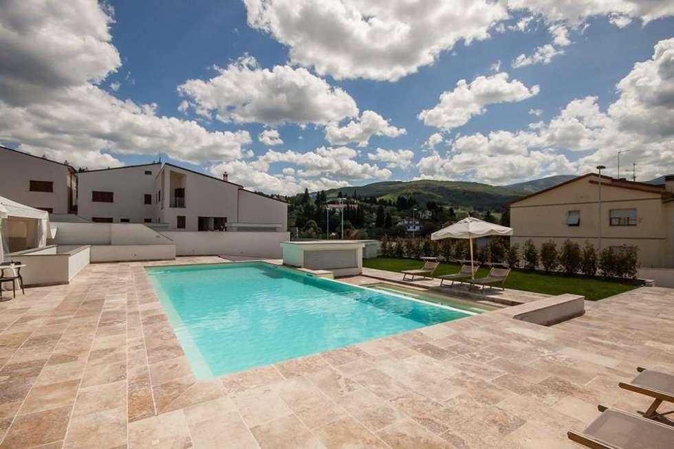Piscine da giardino esterne piscine interne ed esterne - Piscina da esterno rigida ...