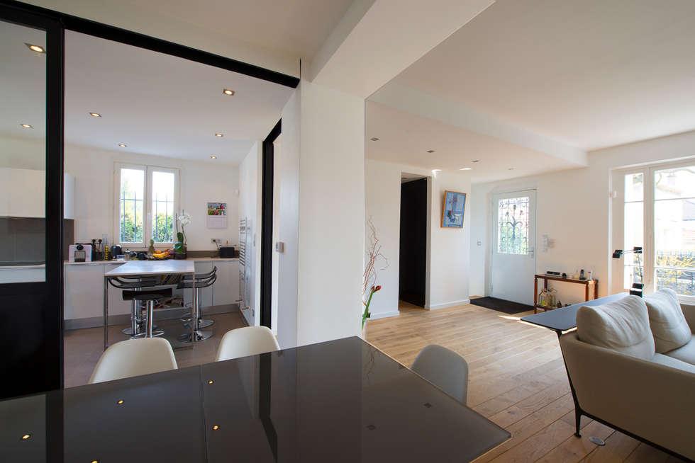 maison individuelle versailles salle manger de style de style moderne par hlne de tassigny