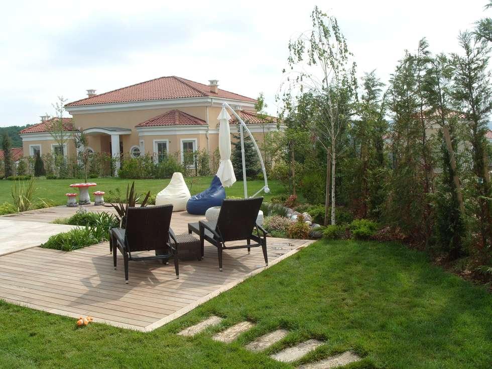 Çisem Peyzaj Tasarım – İSTANBUL- Bolluca  Kişiye özel tasarım.: modern tarz Bahçe
