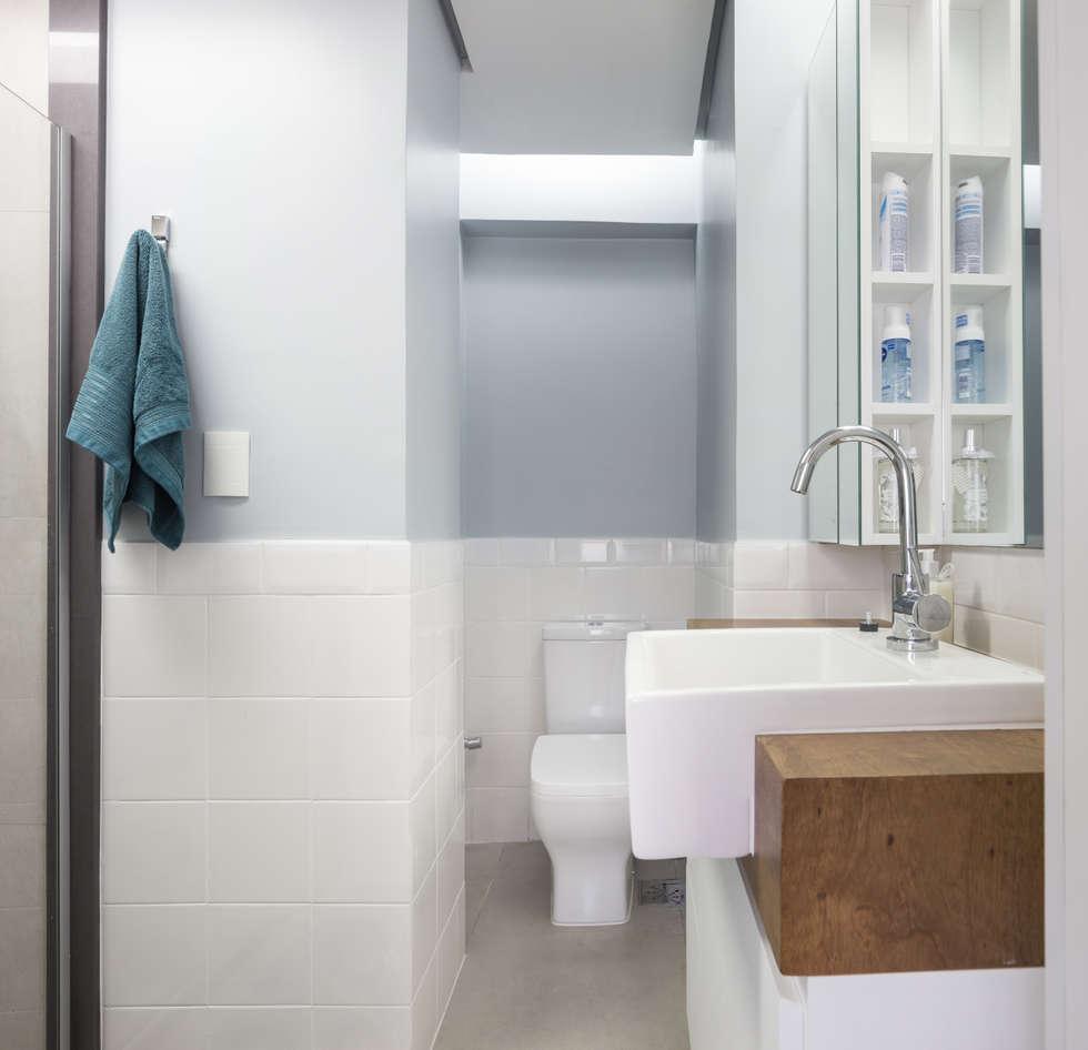 MCC   Projeto de Interiores: Banheiros modernos por Kali Arquitetura