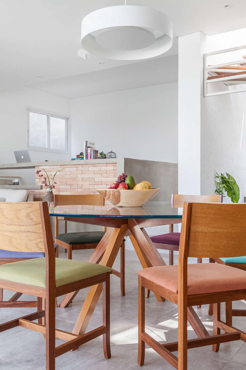Residência Parque dos Príncipes: Salas de jantar modernas por Nautilo Arquitetura & Gerenciamento