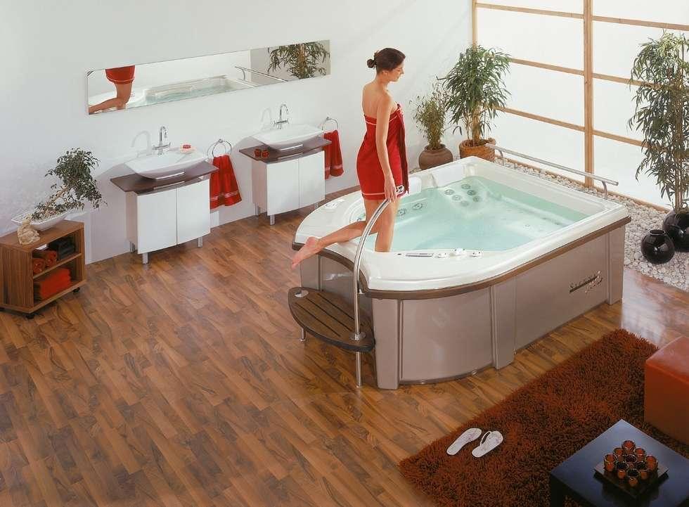 Badezimmer Whirlpool: Ausgefallene Badezimmer Von Hesselbach GmbH